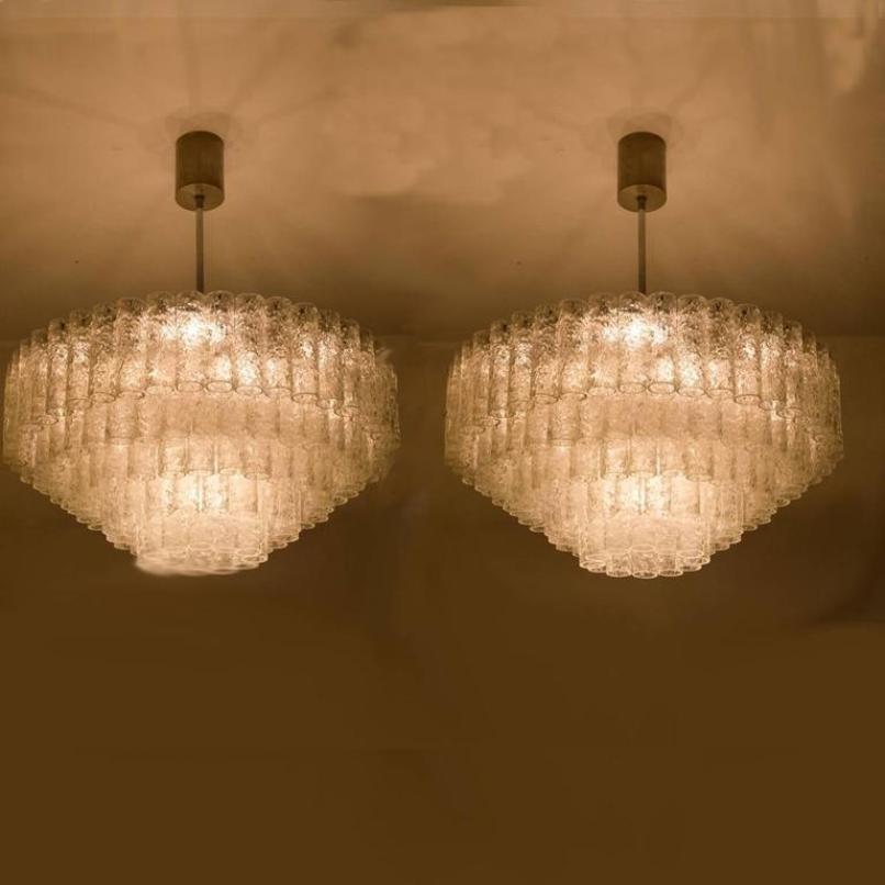 gro e ballsaal kronleuchter von doria leuchten 1960er 2er set bei pamono kaufen. Black Bedroom Furniture Sets. Home Design Ideas