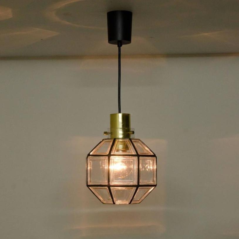 h ngelampen aus eisen glas von glash tte limburg 1960er 2er set bei pamono kaufen. Black Bedroom Furniture Sets. Home Design Ideas