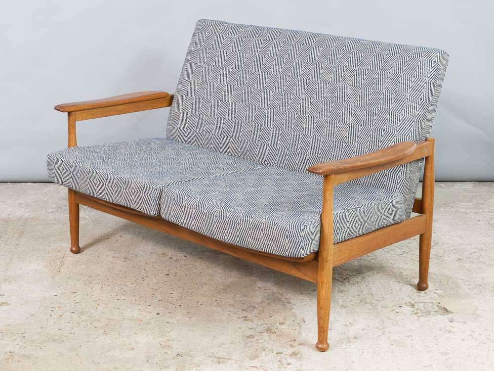 afromosia manhattan zwei sitzer sofa mit hocker von george fejer eric phamphilon f r guy. Black Bedroom Furniture Sets. Home Design Ideas