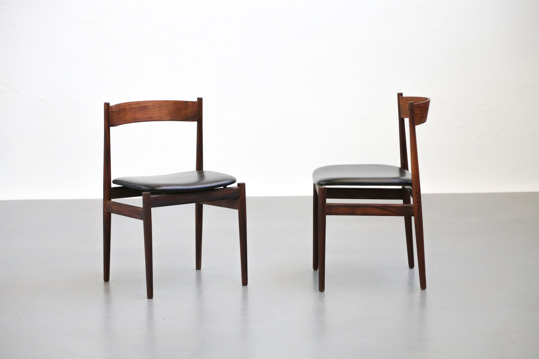 Italian Chairs by Gianfranco Frattini for Cassina 1960s Set of 4
