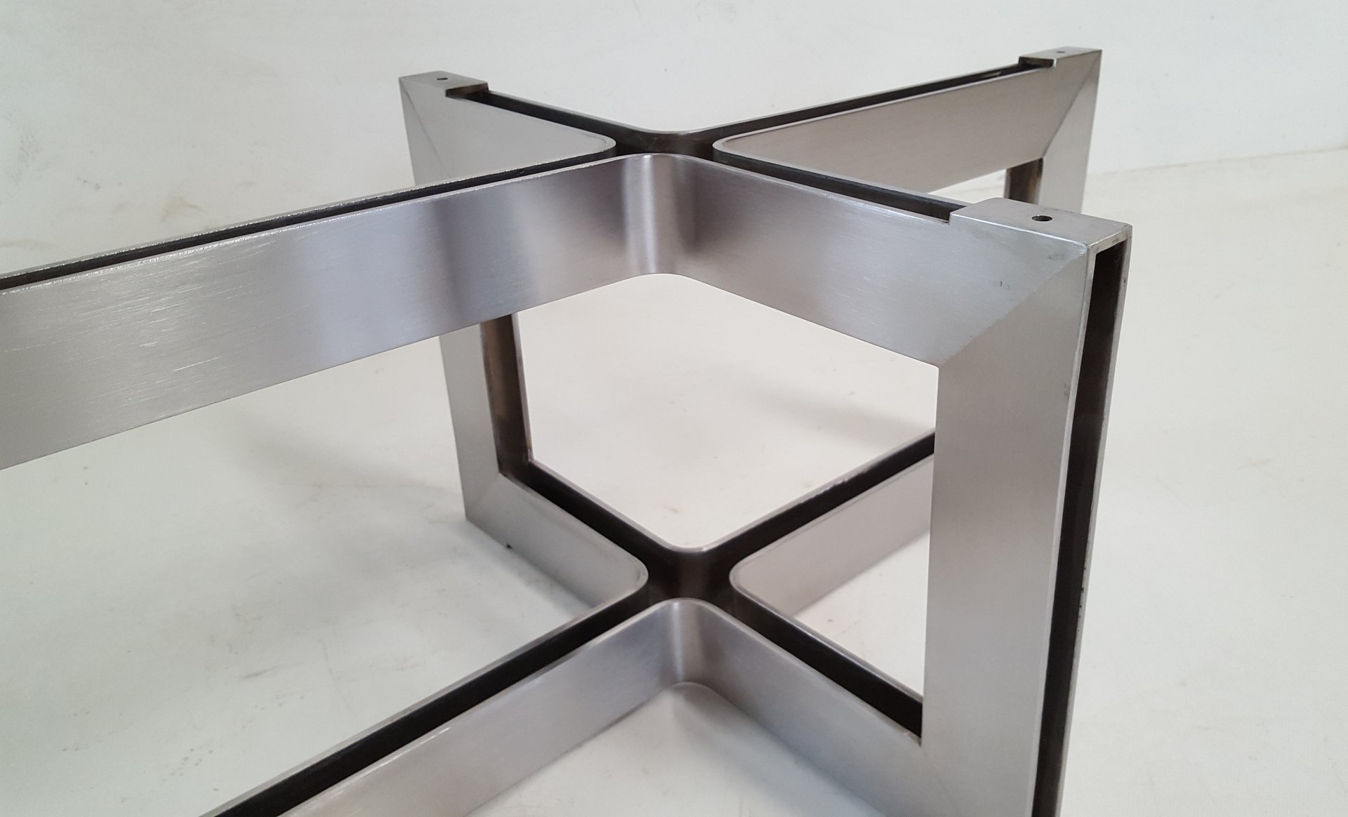 Stainless steel and glass coffee table 1970s for sale at pamono Steel and glass coffee table