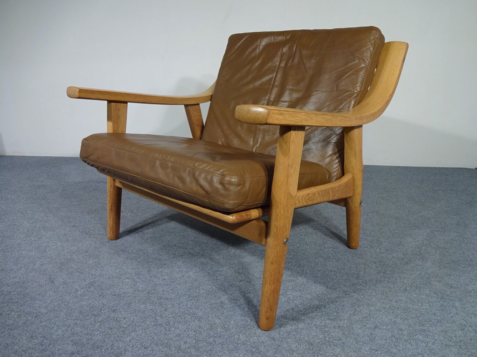 GE 530 Chair by Hans J Wegner for Getama 1960s for sale at Pamono