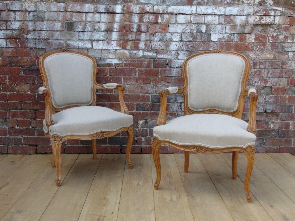 antike sessel aus geschnitzter buche 2er set bei pamono kaufen. Black Bedroom Furniture Sets. Home Design Ideas