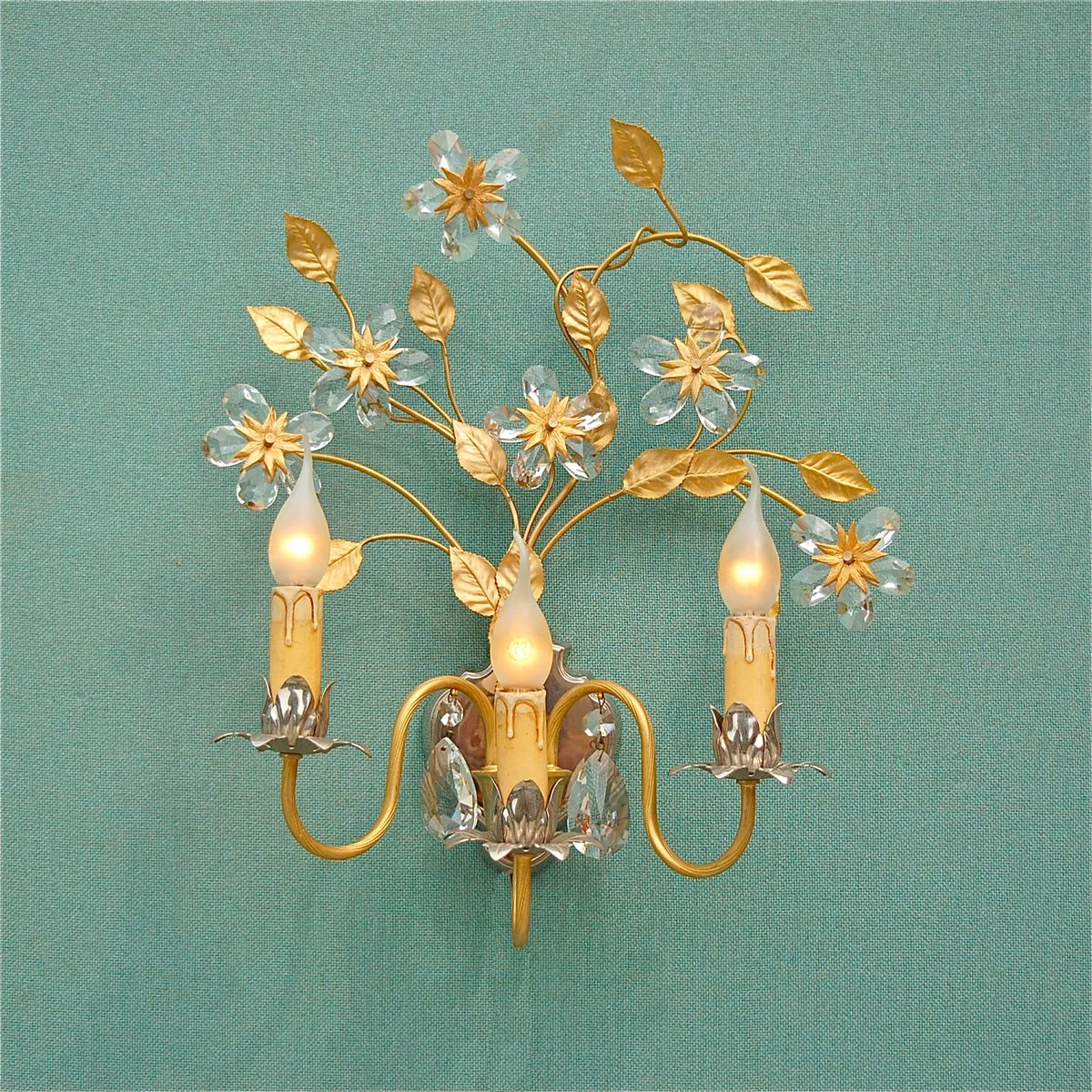 Vintage Italian Gold & Silver Colored Wall Light with Crystal Flowers for sale at Pamono