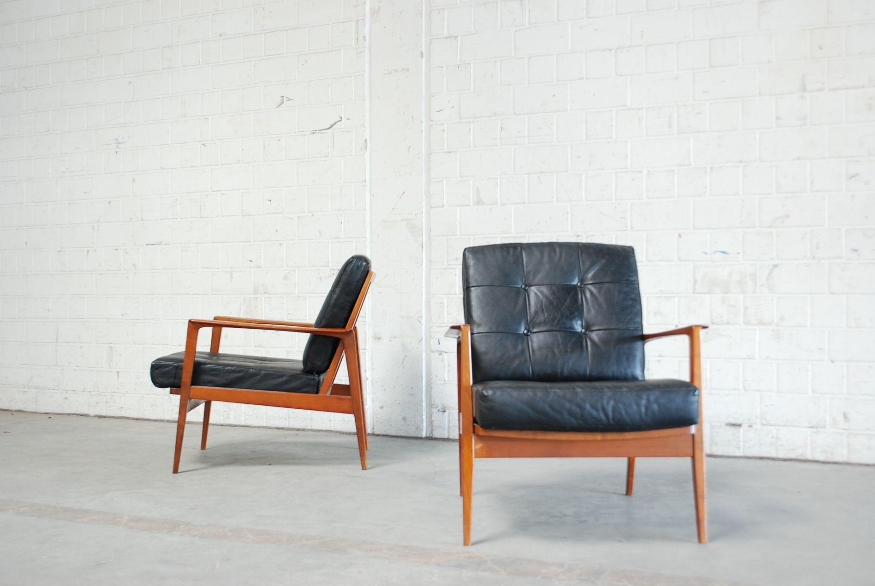 kirschholz sessel von knoll 1960er 2er set bei pamono kaufen. Black Bedroom Furniture Sets. Home Design Ideas