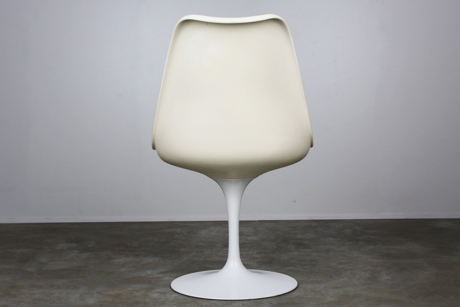Tulip chairs by eero saarinen for knoll international 1960s set of 6 for sale at pamono - Tulip chairs for sale ...