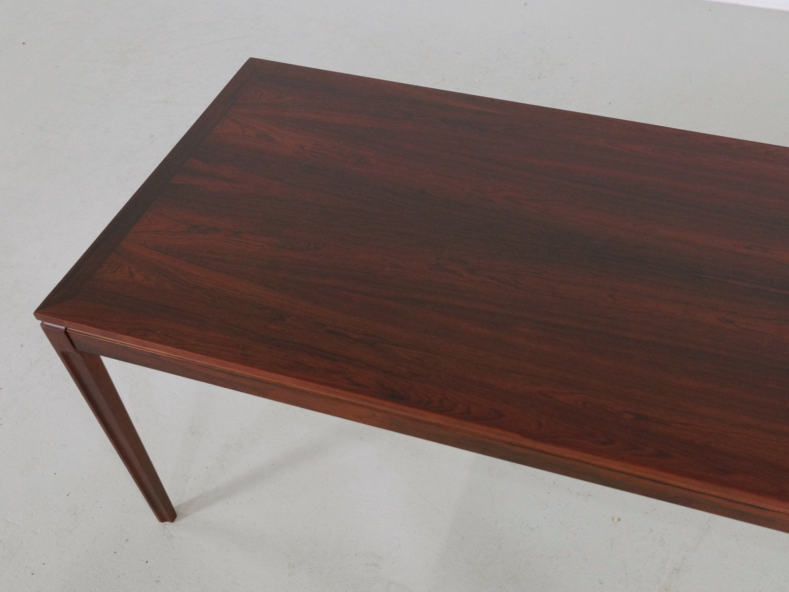 Long Rectangular Rio Rosewood Coffee Table 1960s For Sale