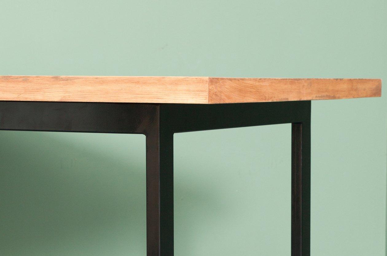 recycelter onderbanken tisch aus bauholz stahl von. Black Bedroom Furniture Sets. Home Design Ideas