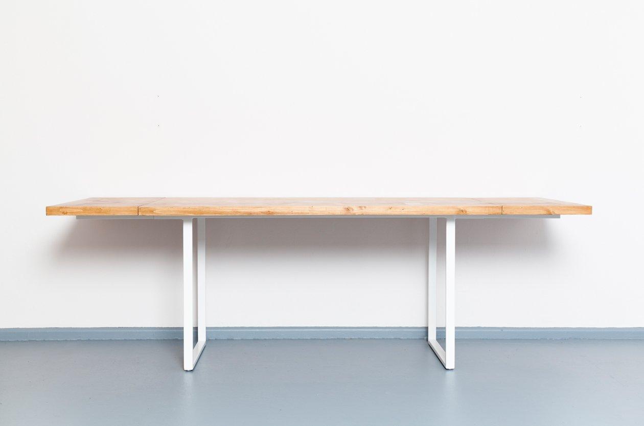 ausziehbarer eijsden tisch aus recyceltem bauholz stahl. Black Bedroom Furniture Sets. Home Design Ideas