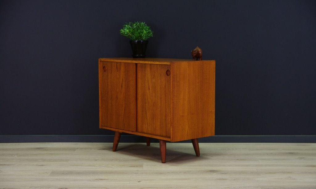 skandinavische mid century teak furnier kommode bei pamono. Black Bedroom Furniture Sets. Home Design Ideas