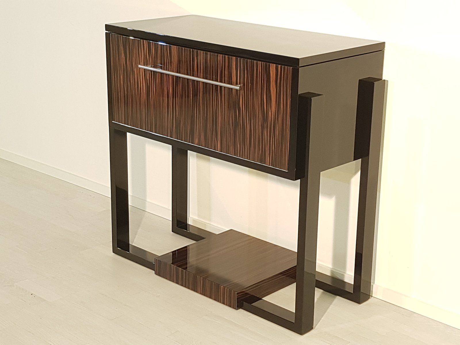 art deco console with macassar veneer for sale at pamono. Black Bedroom Furniture Sets. Home Design Ideas