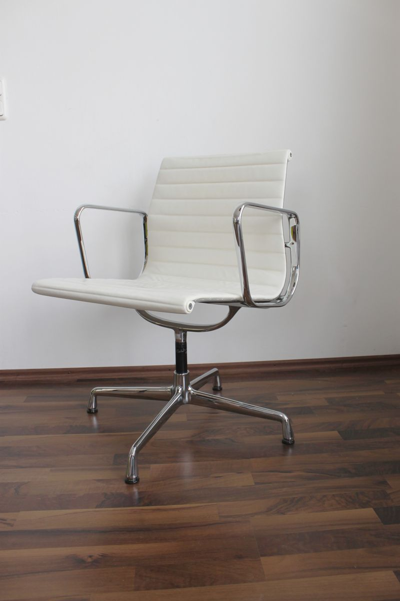 Vintage ea 108 chair by charles ray eames for vitra for for Eames chair nachbau deutschland