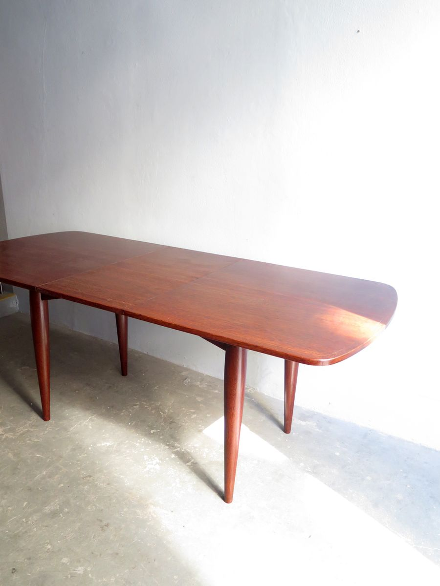 Vintage brazilian dining table with two extension leaves for Dining table with two leaves