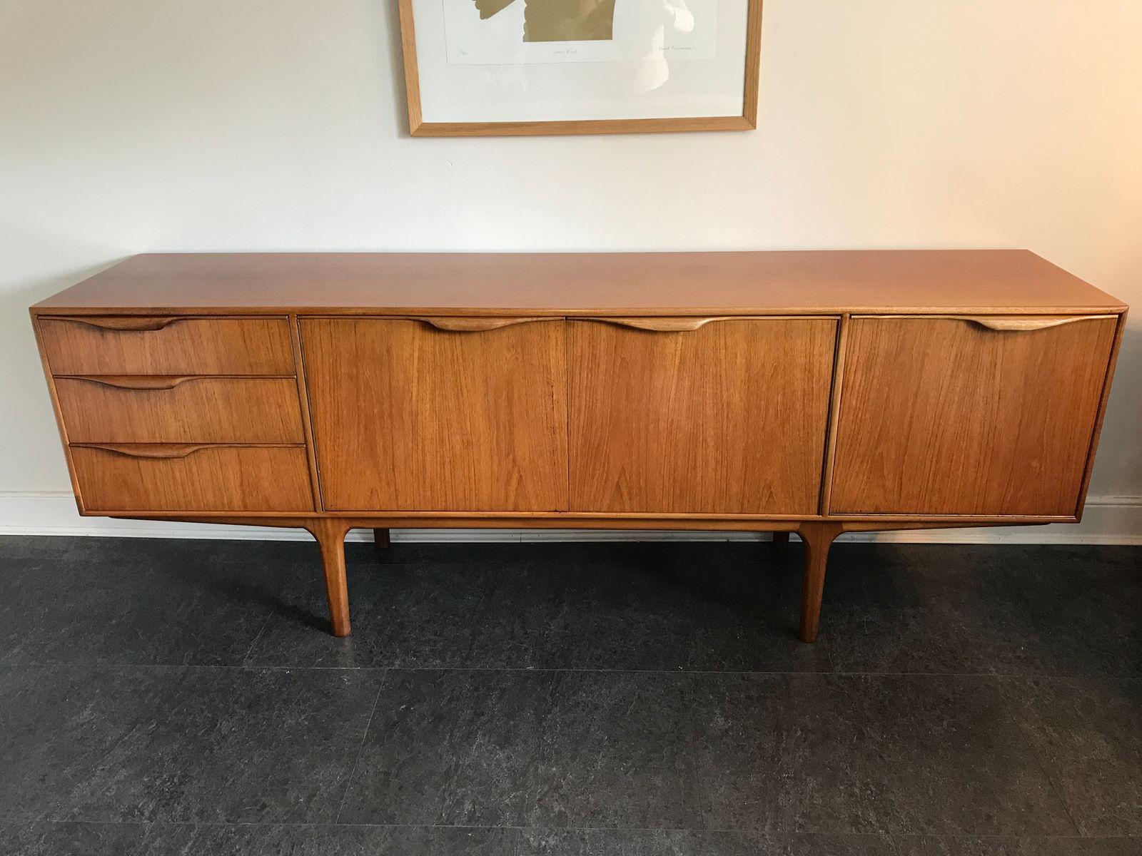 langes sideboard von tom robertson f r mcintosh 1960er. Black Bedroom Furniture Sets. Home Design Ideas