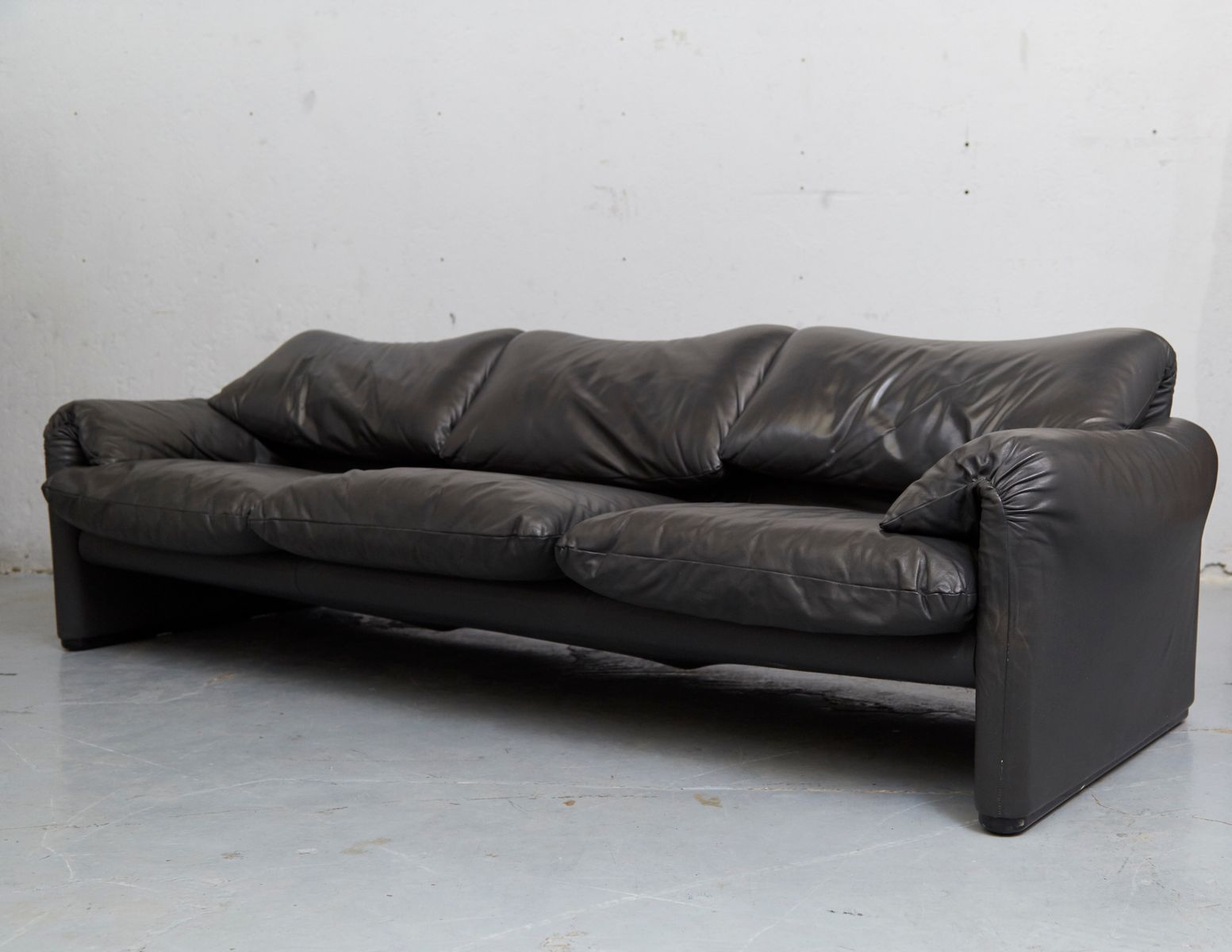 Vintage Maralunga Sofa By Vico Magistretti For Cassina