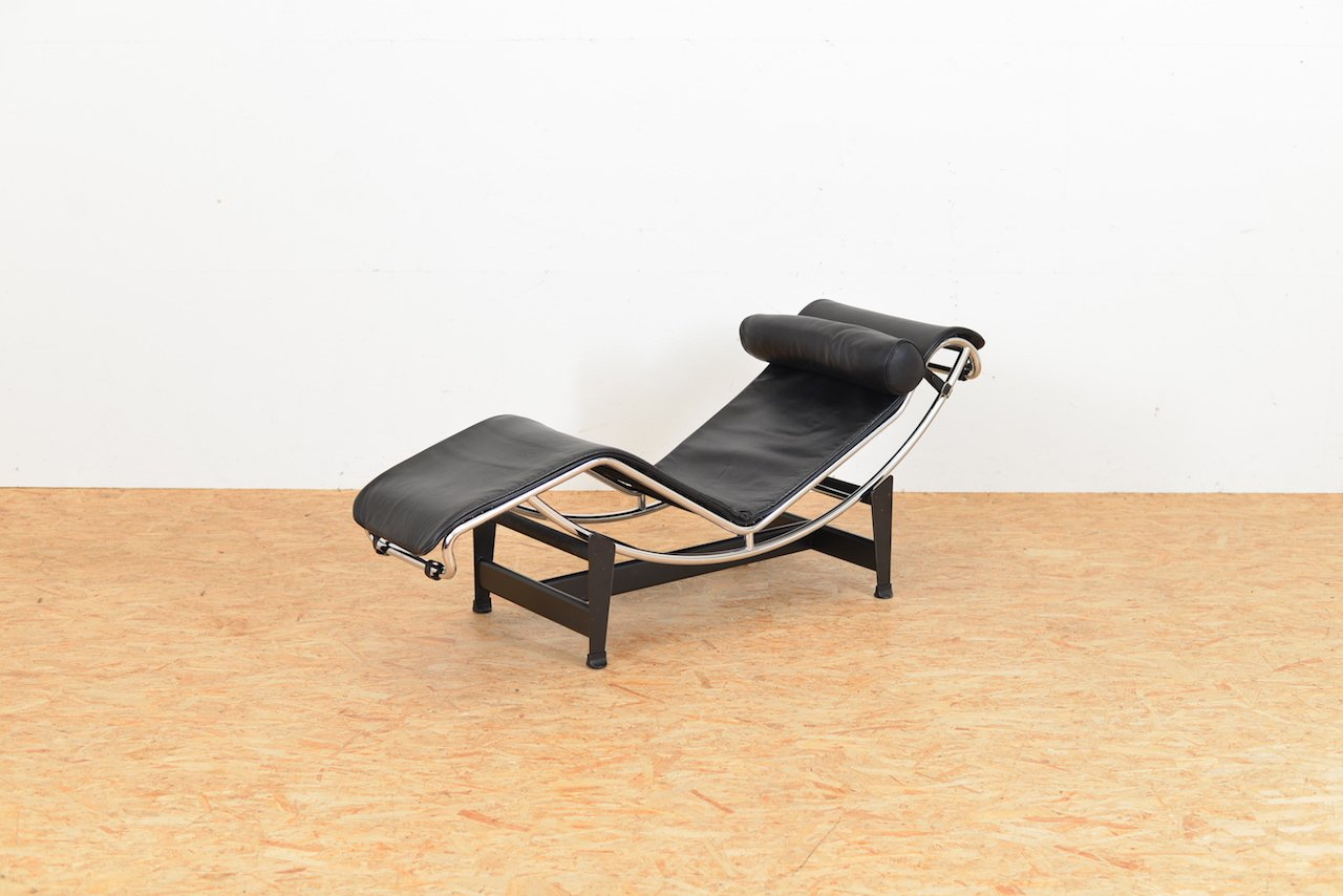 vintage lc4 lounge chair by le corbusier pierre jeanneret charlotte perriand for cassina for. Black Bedroom Furniture Sets. Home Design Ideas
