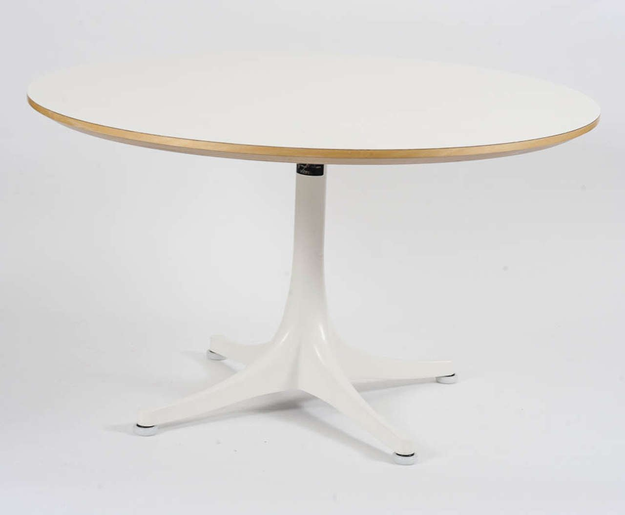 Vintage Pedestal Coffee Table By George Nelson For Vitra