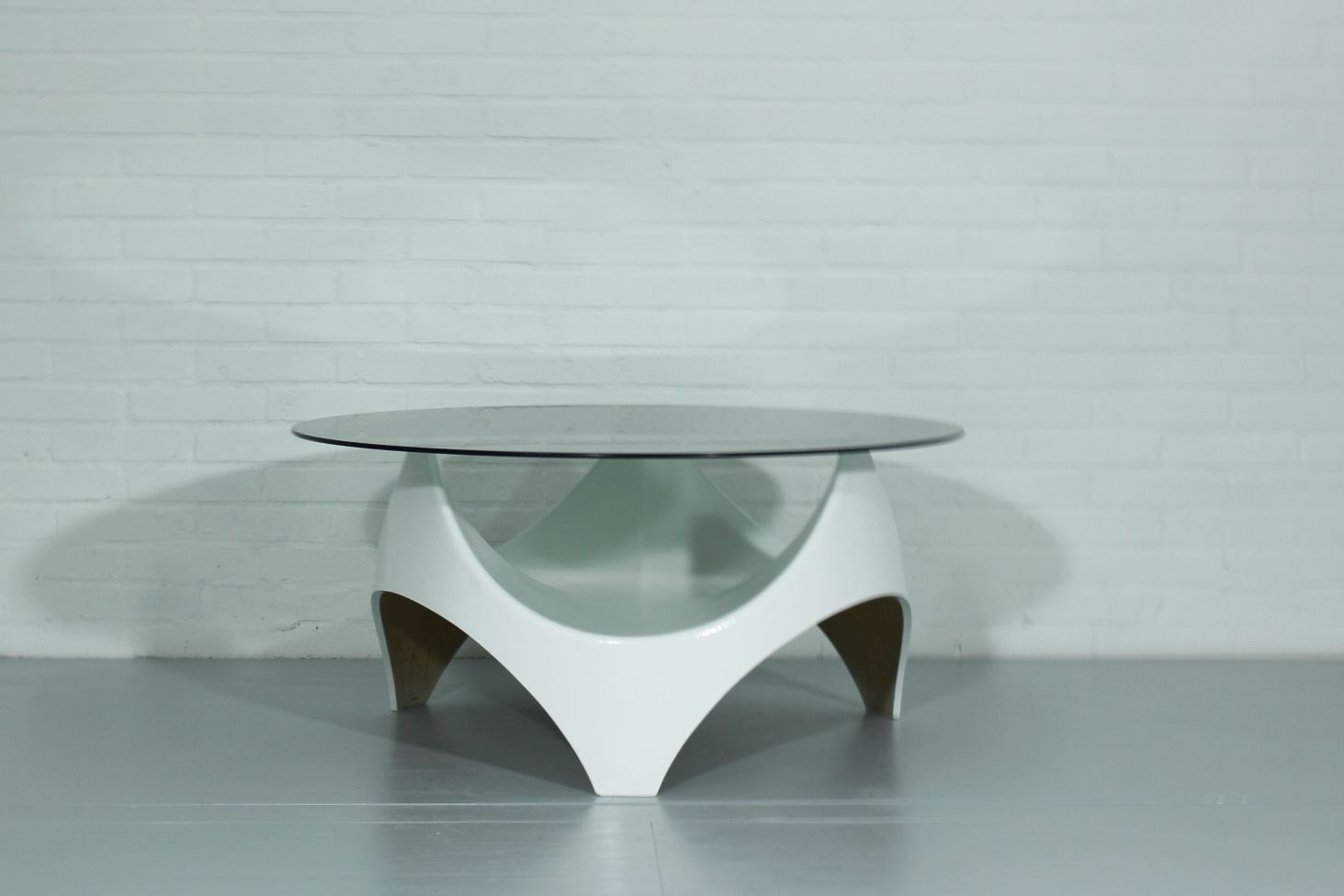 Vintage dutch spage age coffee table for sale at pamono for Prem table 99 00