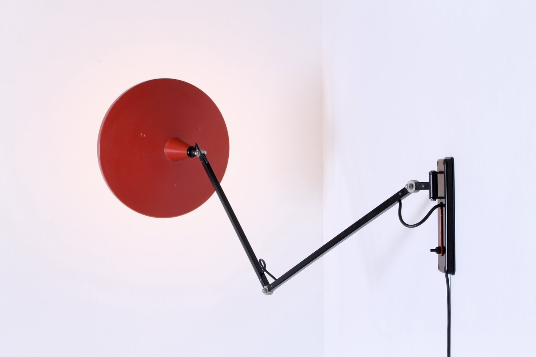 Vintage Panama Articulated Black & Red Wall Light by Wim Rietveld for Gispen for sale at Pamono