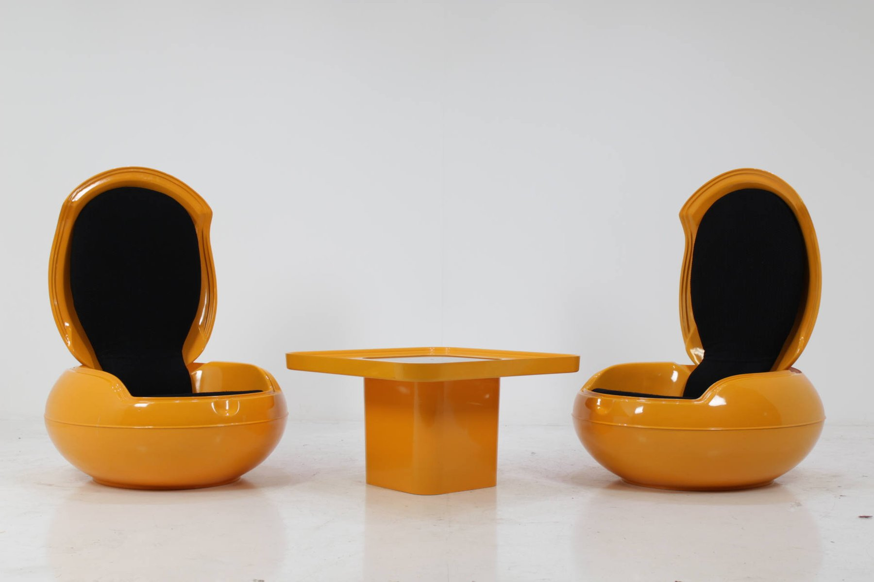 Garden Egg Chairs with Table by Peter Ghyczy for VEB Synthese