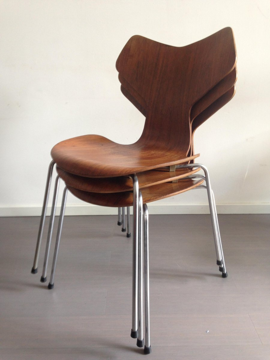 model 3130 grand prix chairs in teak by arne jacobsen for. Black Bedroom Furniture Sets. Home Design Ideas