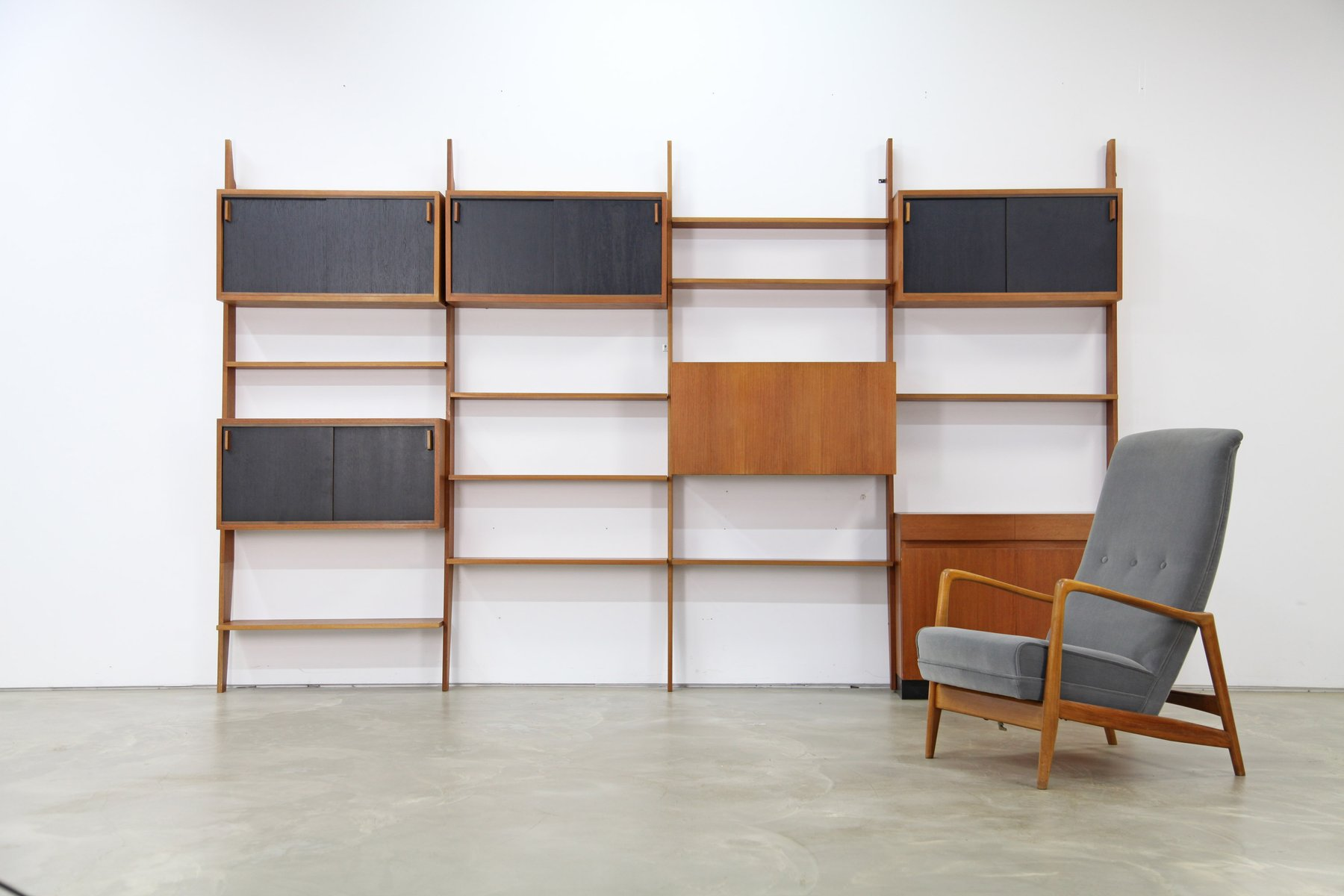 mid century regalsystem von dieter waeckerlin f r behr. Black Bedroom Furniture Sets. Home Design Ideas