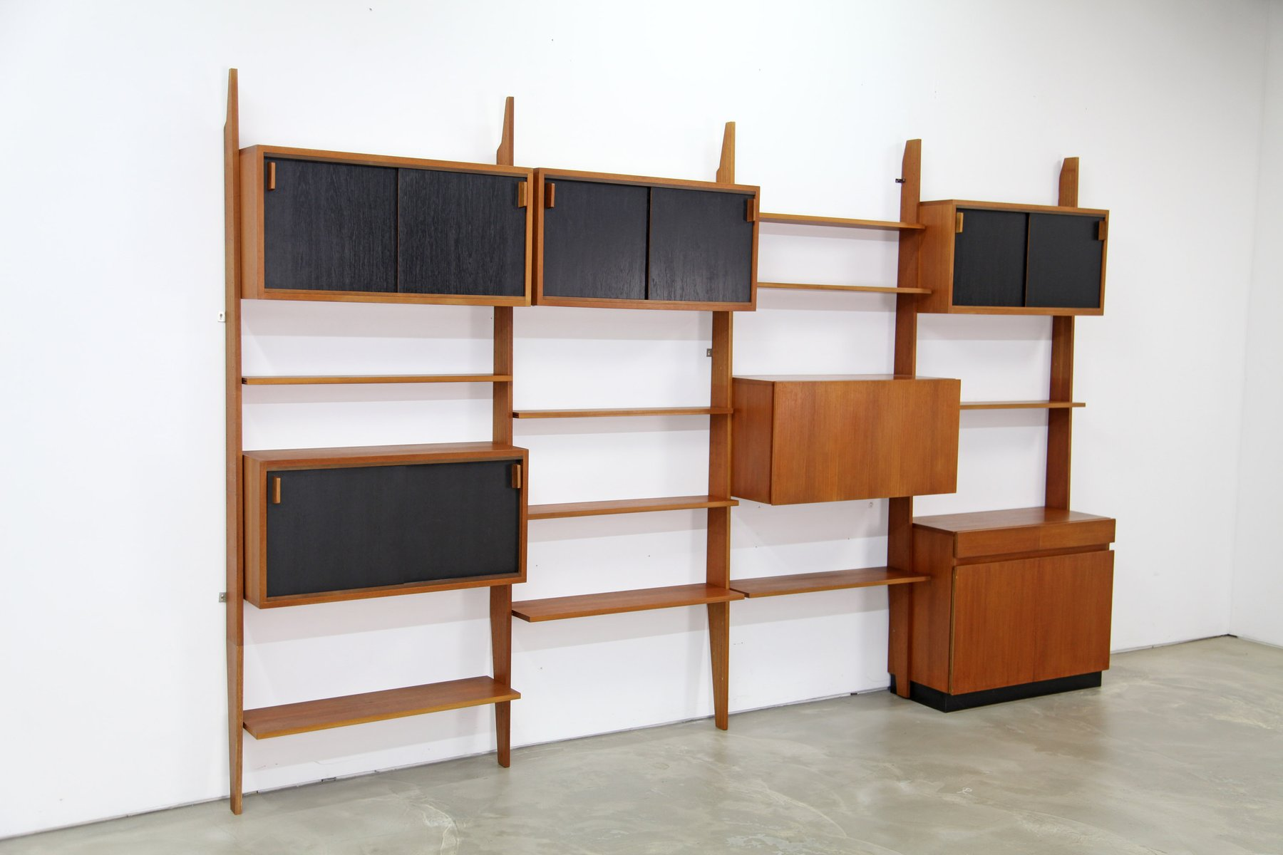 mid century shelving system by dieter waeckerlin for behr m bel 1960s for sale at pamono. Black Bedroom Furniture Sets. Home Design Ideas