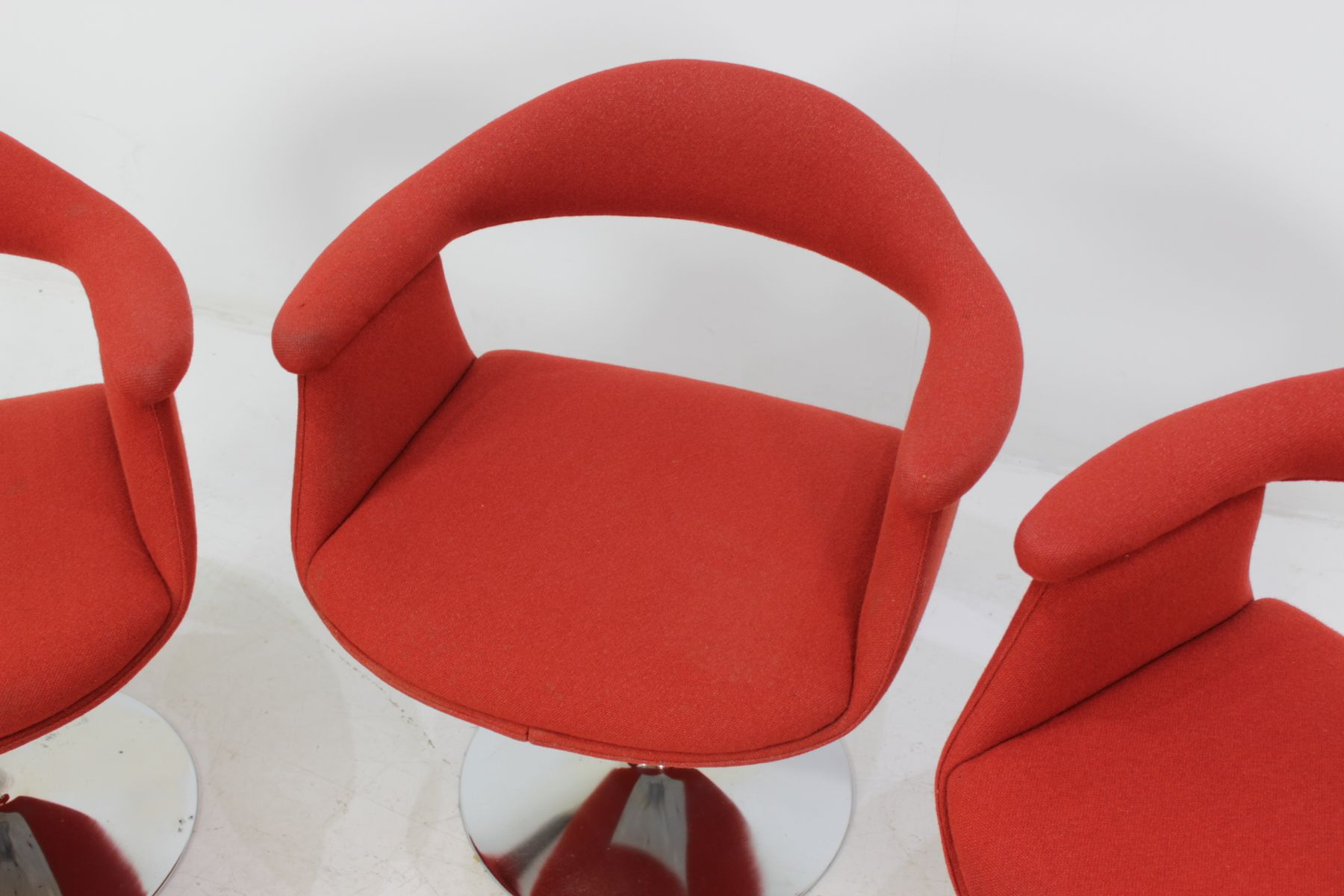 Mid century forelli 8565 chairs by eero aarnio for asko Recliners that look like chairs