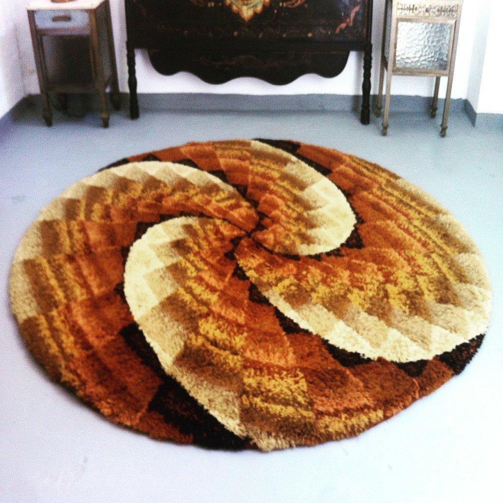 Grand tapis mid century rond en laine scandinavie 1960s - Grand tapis rond ...