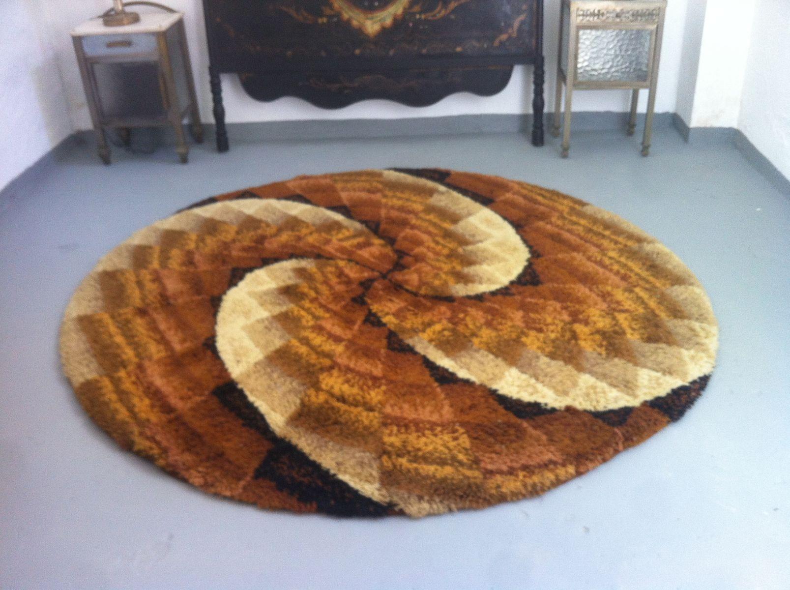 grand tapis mid century rond en laine scandinavie 1960s. Black Bedroom Furniture Sets. Home Design Ideas