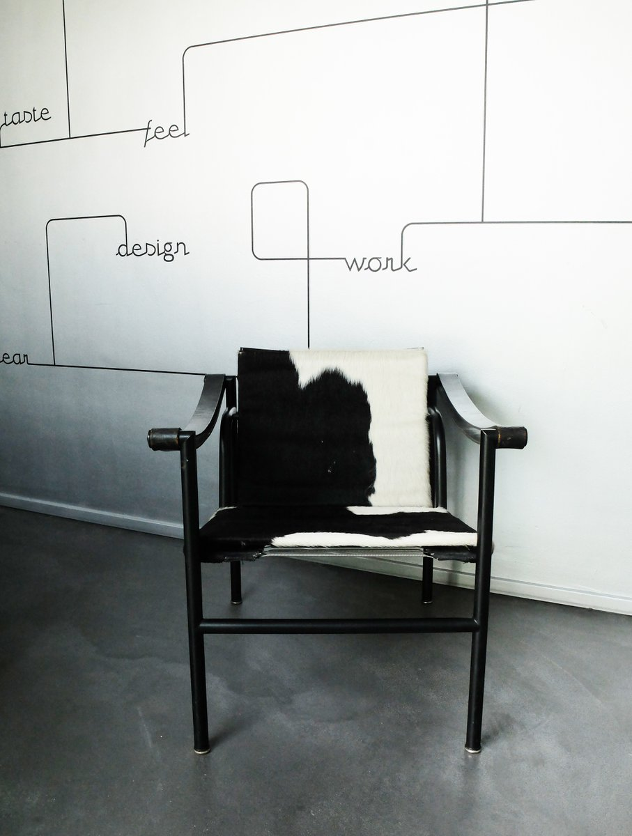 le corbusier and pierre jeanneret s international International style  the dutch architect jjp oud, and the french pair of le  corbusier and pierre jeanneret although frank lloyd wright was included in the  exhibition, he is mentioned briefly in the famous 1932 book that accompanied the .
