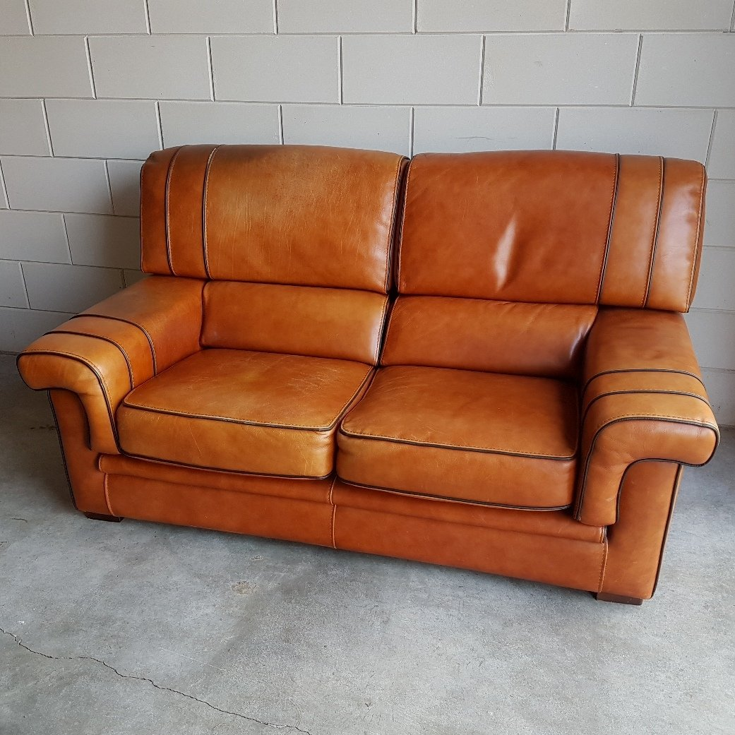 vintage cognac saddle leather sofa 1980s for sale at pamono. Black Bedroom Furniture Sets. Home Design Ideas