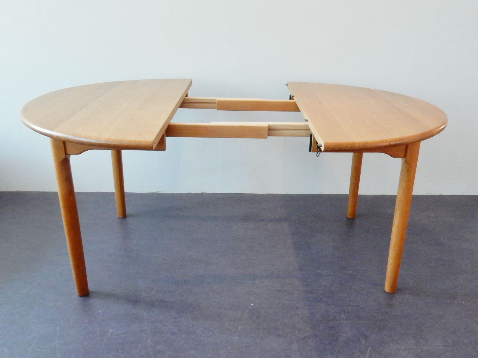 runder ausziehbarer d nischer eichenholz esstisch von kp m bler 1970er bei pamono kaufen. Black Bedroom Furniture Sets. Home Design Ideas