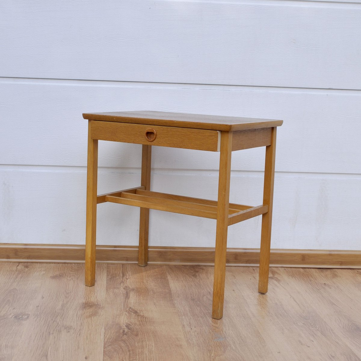 Small teak side table with drawer 1960s for sale at pamono for Tiny side table