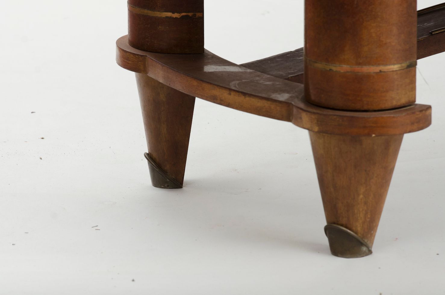 Vintage Mahogany Veneered Art Deco Dining Table for sale  : vintage mahogany veneered art deco dining table 4 from www.pamono.com size 1478 x 979 jpeg 581kB