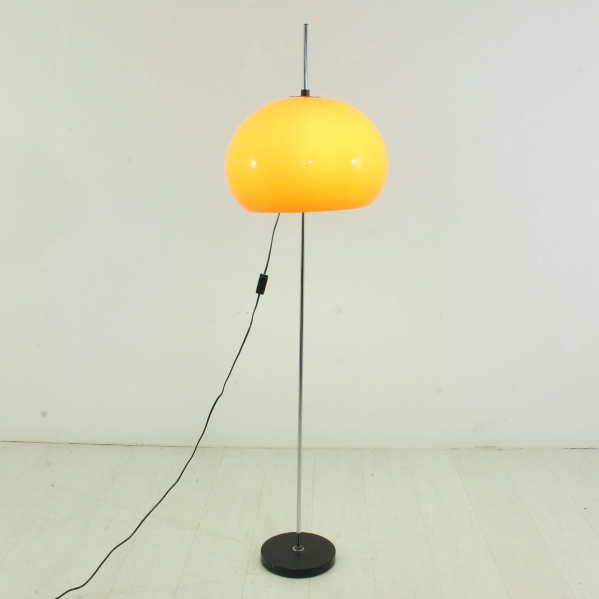 Floor lamp 1970s for sale at pamono for 1970s floor lamps
