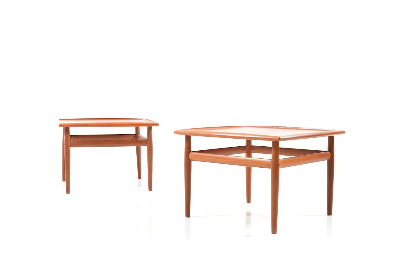 Square coffee tables in teak by grete jalk for glostrup for Square coffee table set