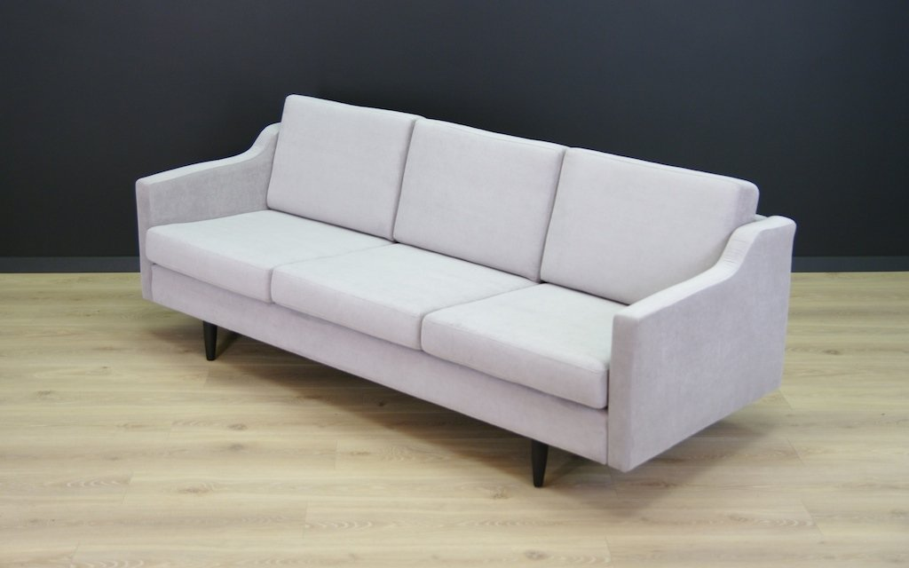 Vintage sofa in light grey for sale at pamono for Grey sofas for sale