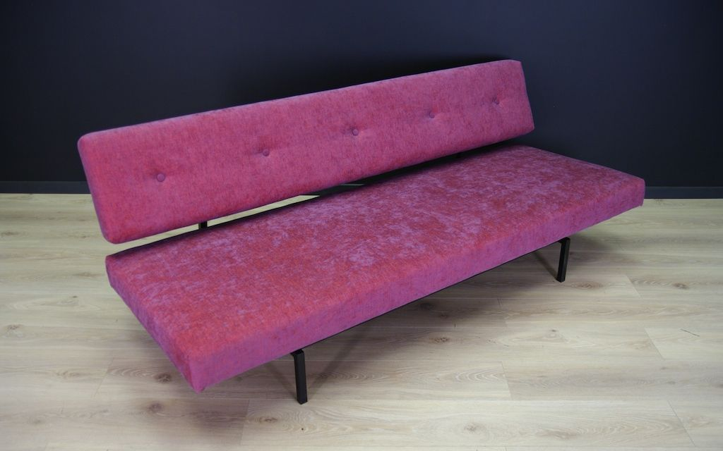 d nisches vintage sofa in rosa bei pamono kaufen. Black Bedroom Furniture Sets. Home Design Ideas