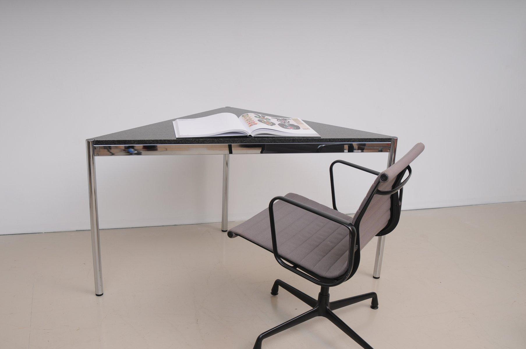 dreieckiger mid century schreibtisch mit granit. Black Bedroom Furniture Sets. Home Design Ideas