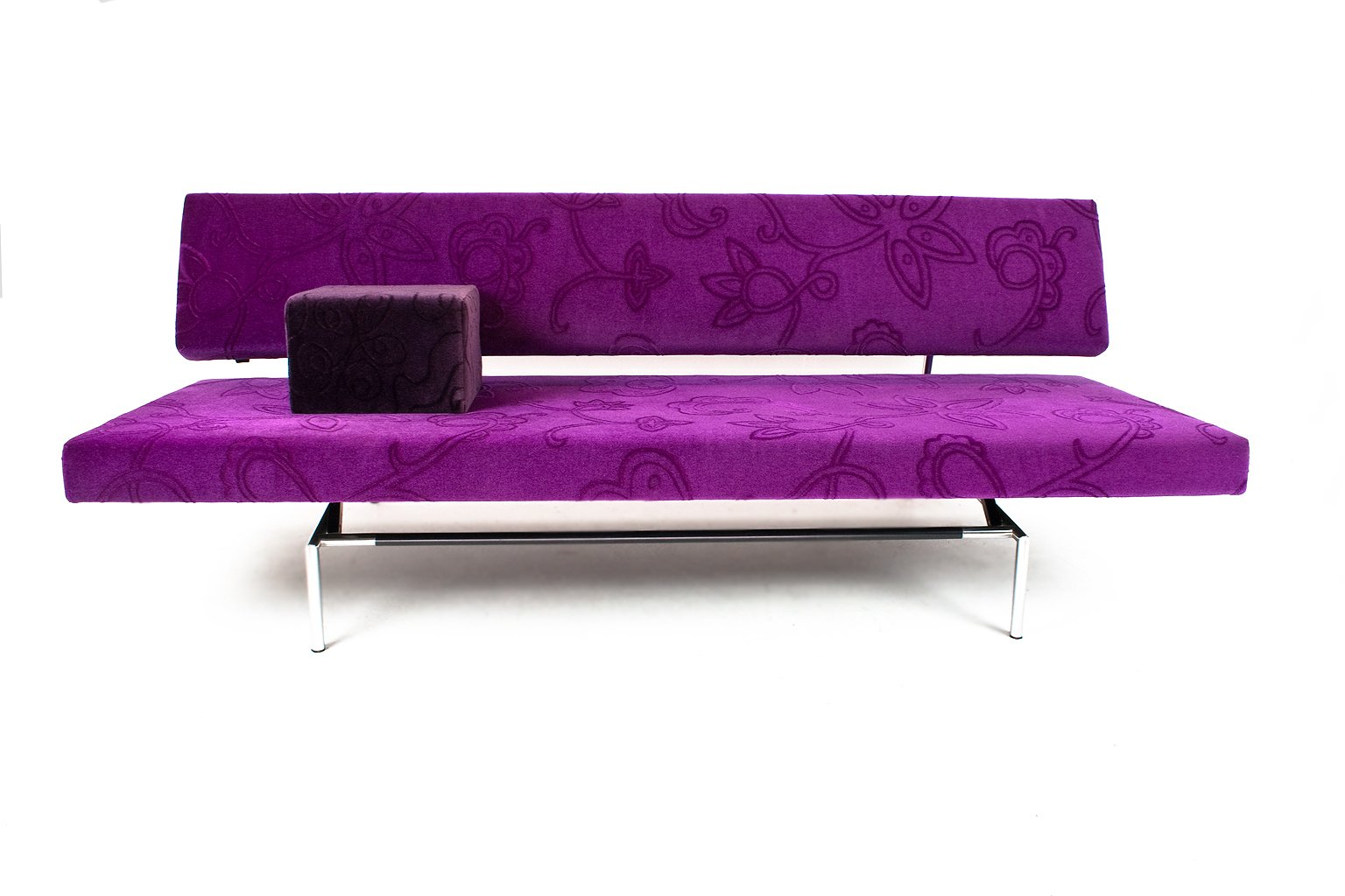 BR02 Sofa Daybed In Purple Velvet By Martin Visser For 't Spectrum For Sale  At Pamono