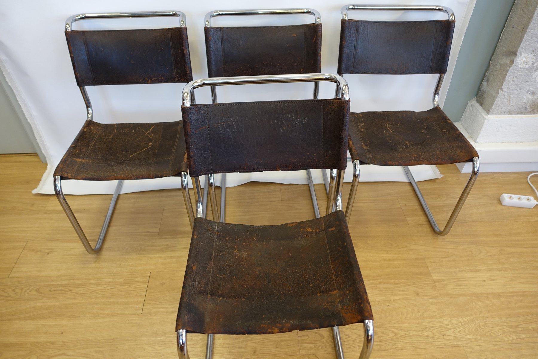 Chaises de salon s33 en cuir de buffle marron et acier for Chaise cuir salon