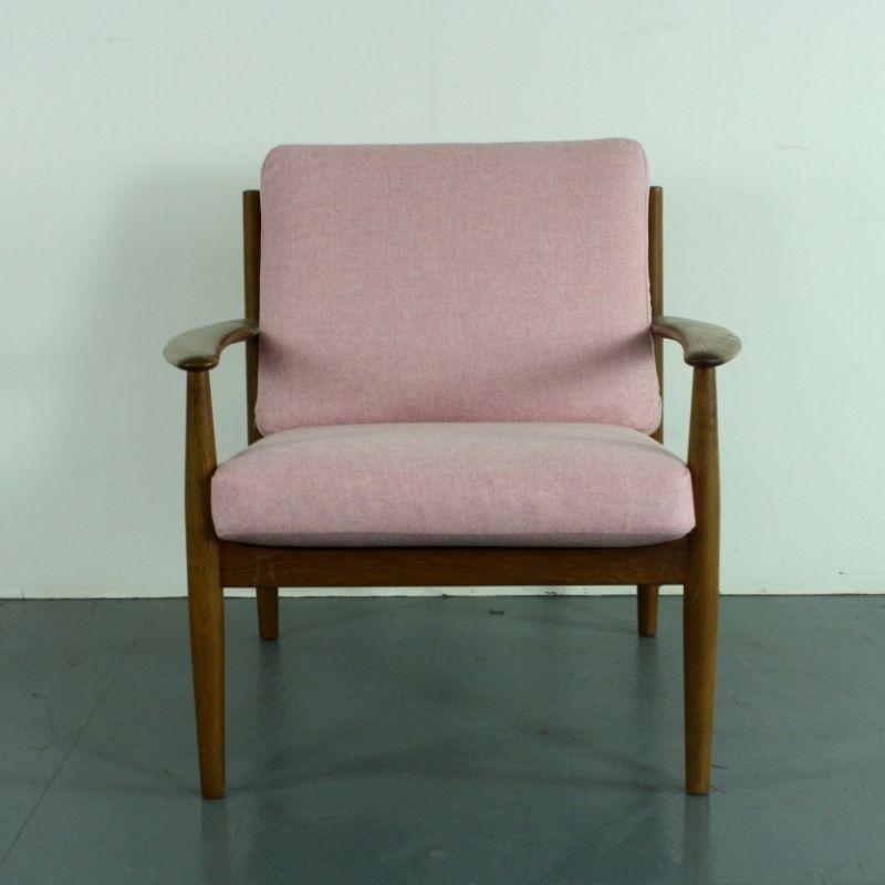 teak sessel mit rosa bezug von grete jalk f r france s n 1960er bei pamono kaufen. Black Bedroom Furniture Sets. Home Design Ideas