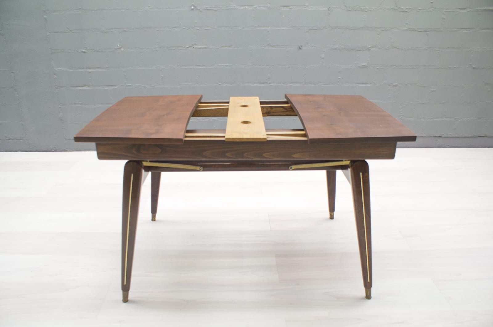 Height Adjustable Coffee Or Dining Table 1950s For Sale
