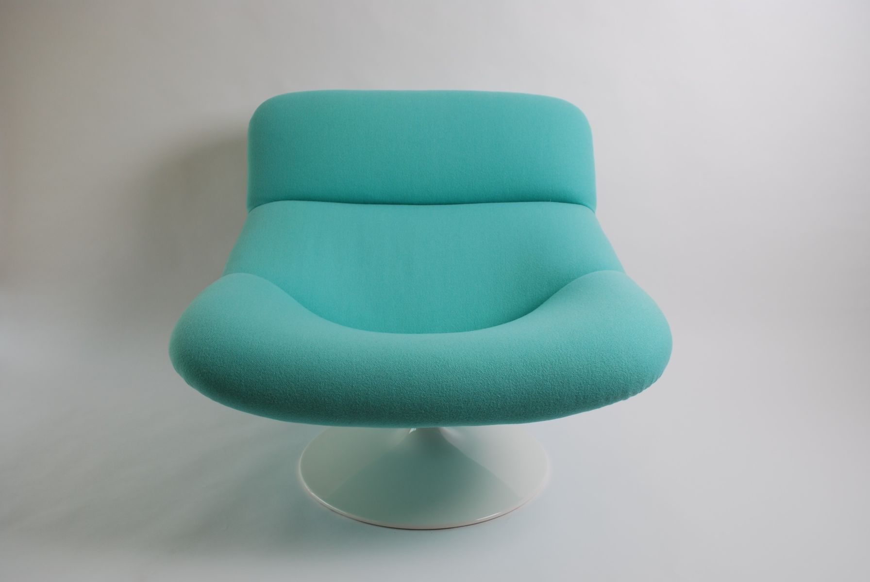Vintage Aqua Blue F518 Lounge Swivel Chair by Geoffrey Harcourt