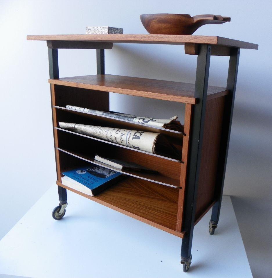 beistelltisch mit ablage 1960er bei pamono kaufen. Black Bedroom Furniture Sets. Home Design Ideas