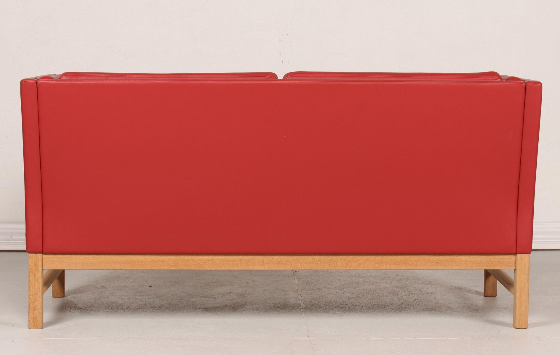 d nisches rotes ej 315 2 ledersofa von erik ole j rgensen. Black Bedroom Furniture Sets. Home Design Ideas