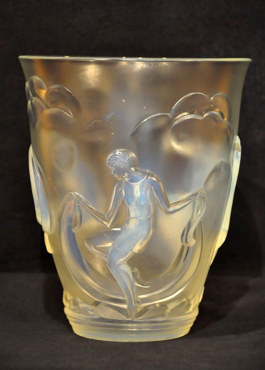 art d co danseuses vase by verlys 1930s for sale at pamono. Black Bedroom Furniture Sets. Home Design Ideas