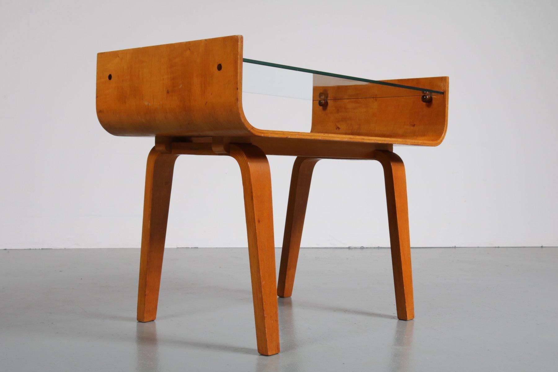 birken schichtholz beistelltisch von cor alons f r gouda den boer 1950er bei pamono kaufen. Black Bedroom Furniture Sets. Home Design Ideas