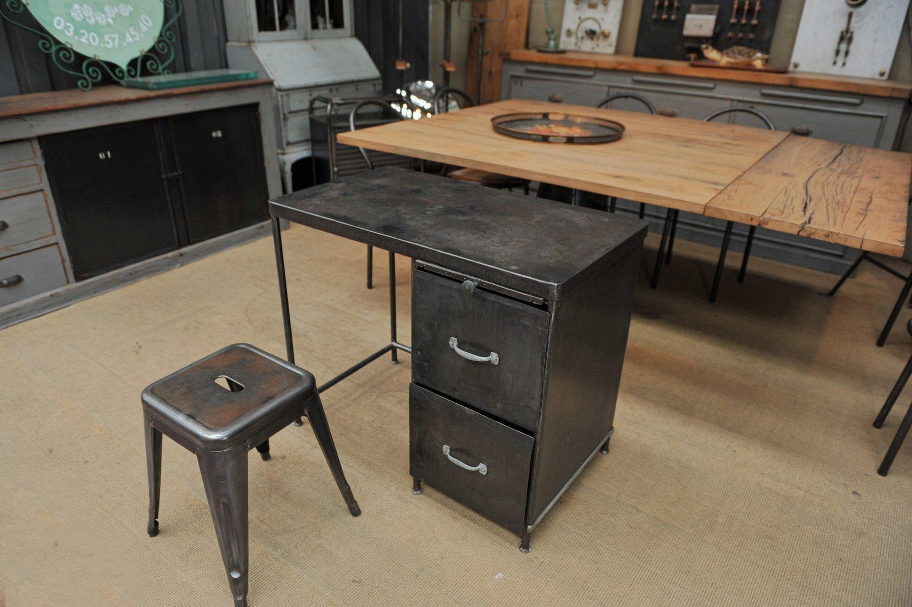industrieller metall schreibtisch 1950er bei pamono kaufen. Black Bedroom Furniture Sets. Home Design Ideas